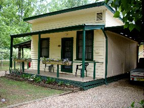 Pioneer Garden Cottages - Accommodation Mt Buller