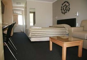 Queensgate Motel - Accommodation Mt Buller