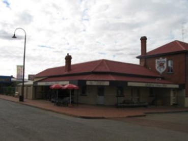 Bedford Arms Hotel - Accommodation Mt Buller