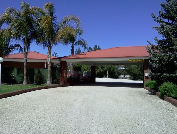Golden Chain Border Gateway Motel - Accommodation Mt Buller