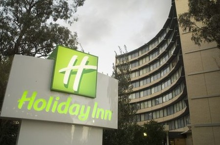 Holiday Inn Melbourne Airport - Accommodation Mt Buller