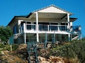 Top Deck Cliff House - Accommodation Mt Buller