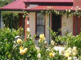 Wine And Roses Bed And Breakfast - Accommodation Mt Buller