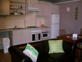 Little Para Cottage - Accommodation Mt Buller