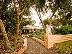 Correa Corner Bed  Breakfast - Accommodation Mt Buller