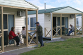 Discovery Holiday Parks Devonport Cosy Cabins - Accommodation Mt Buller