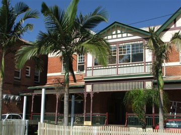 Maclean Hotel - Accommodation Mt Buller