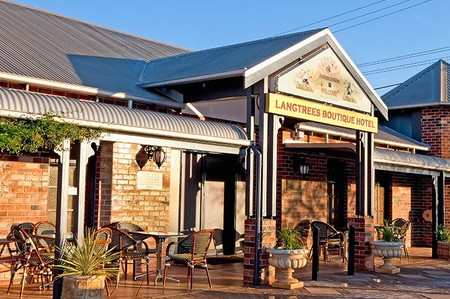 Langtrees Guest Hotel - Accommodation Mt Buller
