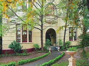Quality Toorak Manor - Accommodation Mt Buller