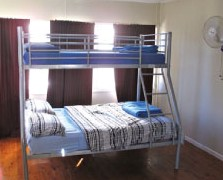 Surf N Sun Beachside Backpackers - Accommodation Mt Buller