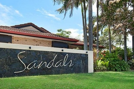 Sandals - Accommodation Mt Buller
