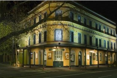 The Royal Exhibition Hotel - Accommodation Mt Buller