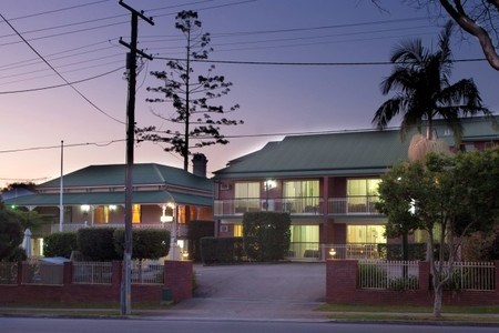 Aabon Holiday Apartments  Motel - Accommodation Mt Buller
