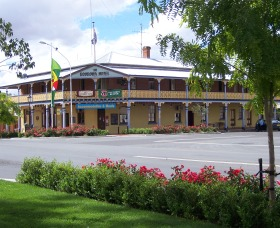 The Boorowa Hotel - Accommodation Mt Buller