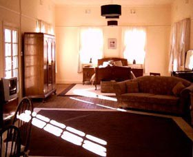 Old Parkes Convent - Accommodation Mt Buller