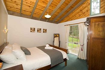 Hill aposNapos Dale Farm Cottages - Accommodation Mt Buller