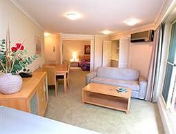 Waldorf Wahroonga Residential - Accommodation Mt Buller