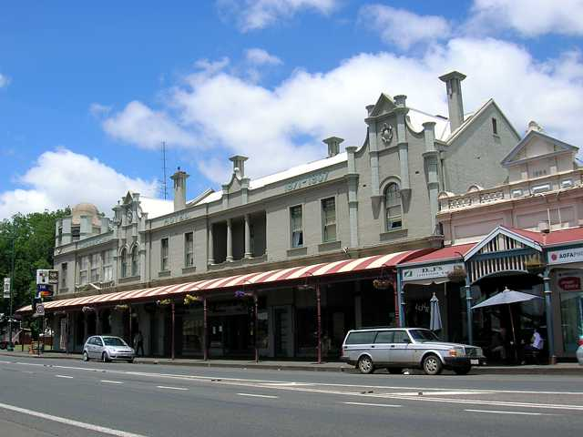 Commercial Hotel Camperdown - Accommodation Mt Buller