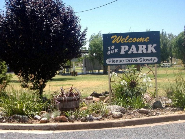 Country Club Caravan Park - Accommodation Mt Buller