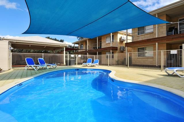 Lakeside Holiday Apartments - Accommodation Mt Buller