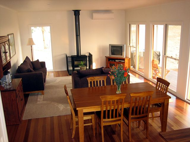 Strath Valley View B and B - Accommodation Mt Buller