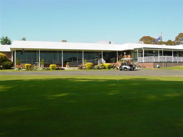 Tenterfield Golf Club and Fairways Lodge