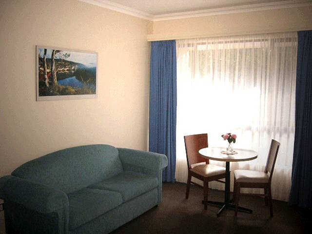 Victoria Lodge Motor Inn  Serviced Apartments - Accommodation Mt Buller