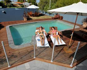 Waikiki Beach Bed and Breakfast - Accommodation Mt Buller