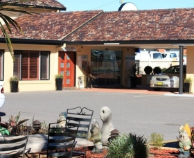 Quality Inn Country Plaza Queanbeyan - Queanbeyan