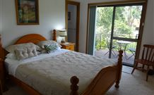 Peaceful Palms Bed and Breakfast - - Accommodation Mt Buller
