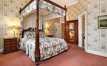 The Old George and Dragon Guesthouse - - Accommodation Mt Buller