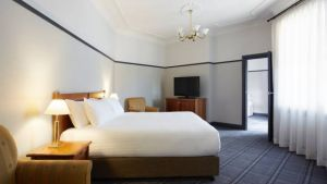 Brassey Hotel - Accommodation Mt Buller