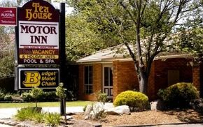 Tea House Motor Inn - Accommodation Mt Buller