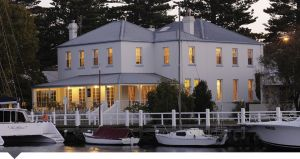 Oscars Waterfront Boutique Hotel - Accommodation Mt Buller