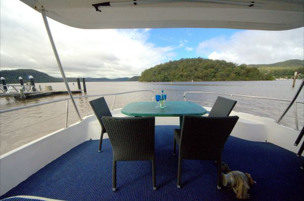 Luxury Afloat Hawkesbury River and Brooklyn - Accommodation Mt Buller