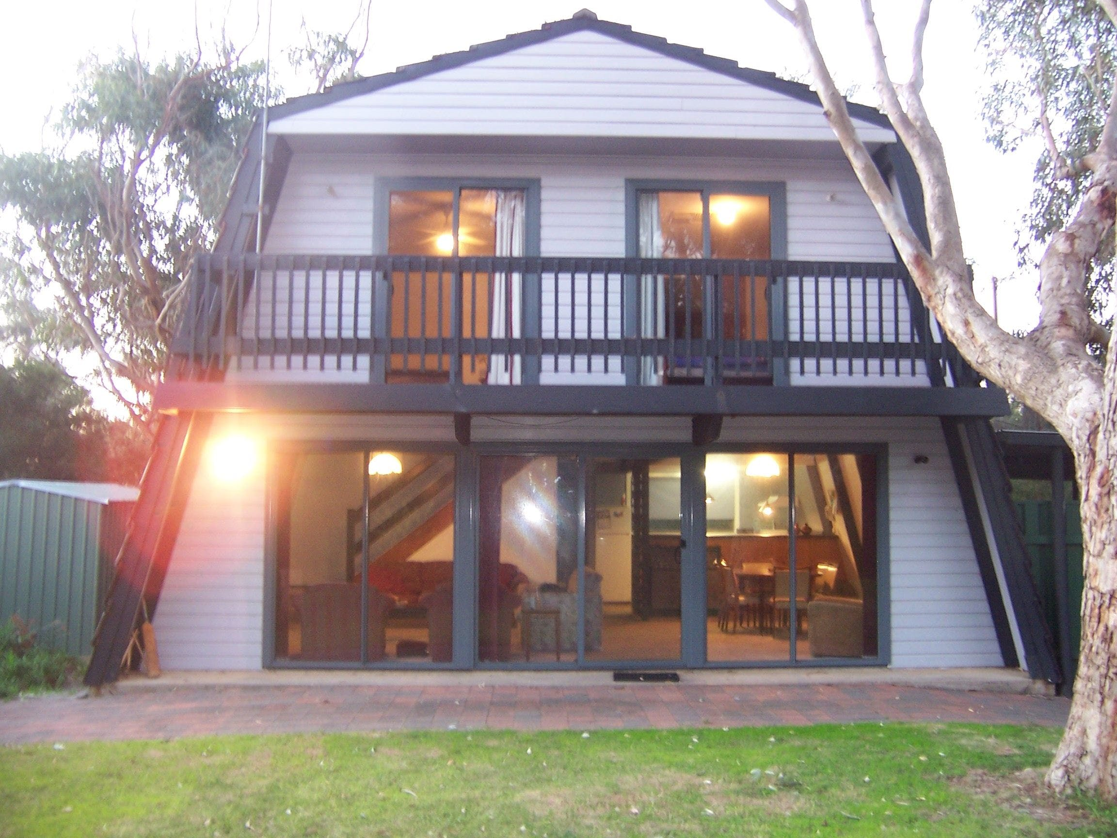 Century 21 SouthCoast Pink Gums - Accommodation Mt Buller