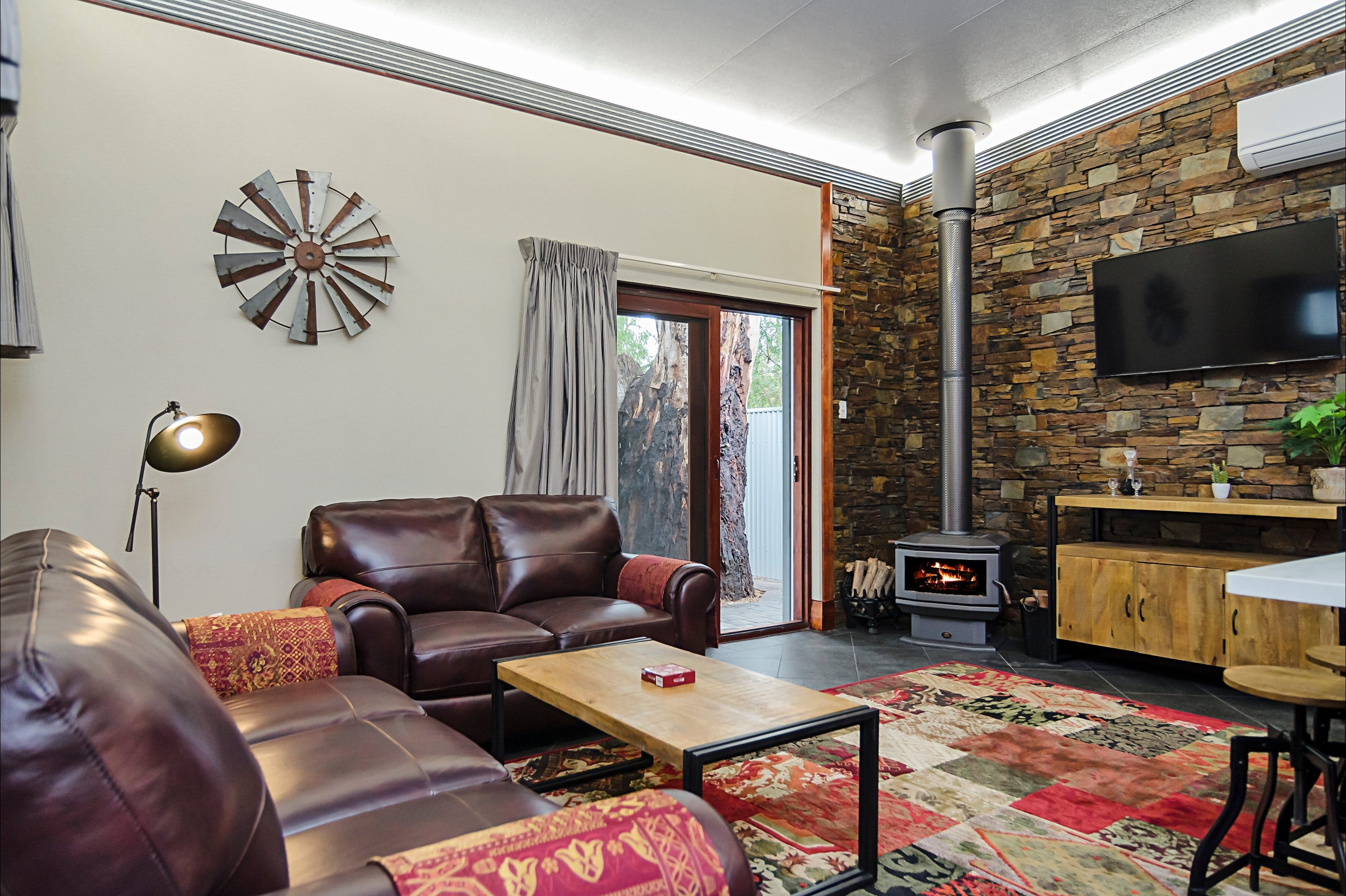 Eagle Foundry Bed  Breakfast - Accommodation Mt Buller