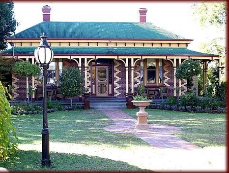 Tara House Bed and Breakfast - Accommodation Mt Buller
