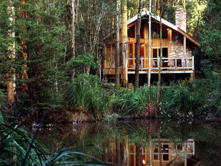 Woodlands Rainforest Retreat - Accommodation Mt Buller