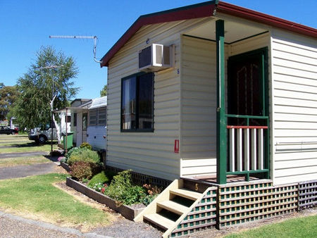 Leongatha Apex Caravan Park - Accommodation Mt Buller