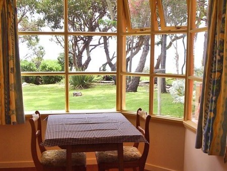 Anchlia Waterfront Cottage - Accommodation Mt Buller
