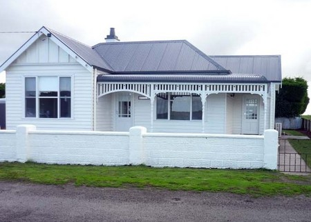 Calgary House  Cottage Accommodation - Accommodation Mt Buller