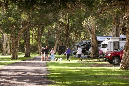Beachfront Holiday Park - Accommodation Mt Buller