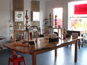 Portside Open Studio/Gallery of GINA - Accommodation Mt Buller