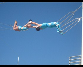 Trix Circus Flying Trapeze - Accommodation Mt Buller