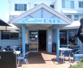 Breakers Cafe and Restaurant - Accommodation Mt Buller