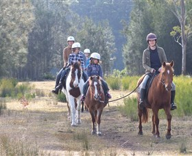 Horse Riding at Oaks Ranch and Country Club - Accommodation Mt Buller