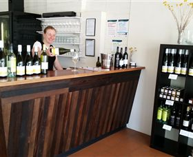 Billy Button Wines - Accommodation Mt Buller