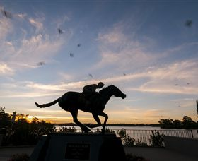 Black Caviar Statue - Accommodation Mt Buller