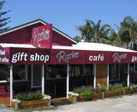 Rosies Cafe and Gallery - Accommodation Mt Buller